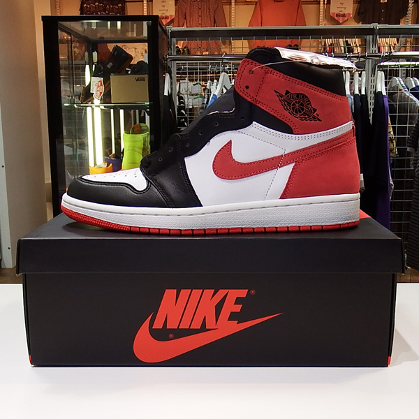 NIKE AIR JORDAN1 RETRO HIGH OG TRACK RED