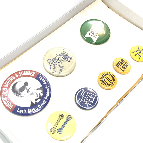 visvim PIN BADGE SET