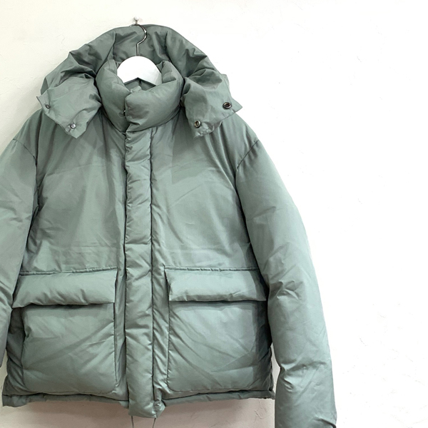 light finxpolyester downjacket AURALEE 菅田将暉着